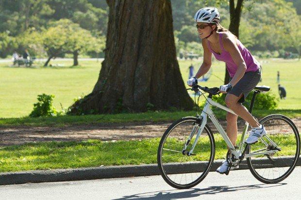 Las mujeres y los beneficios de ciclismo para la salud
