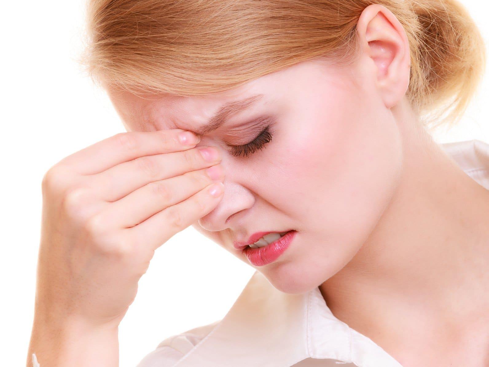 espinillas en la nariz causas
