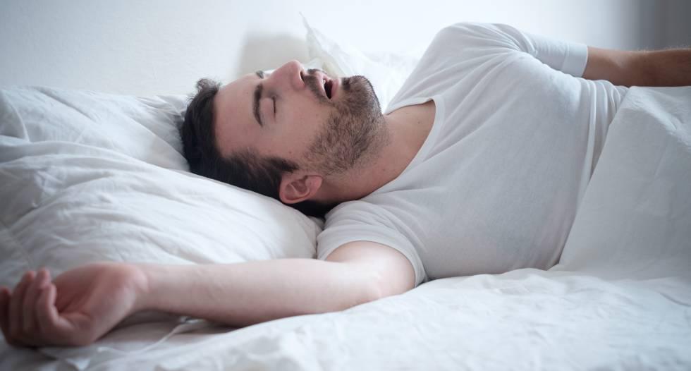 brazos entumecidos al despertar