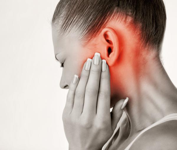 grano detras de la oreja